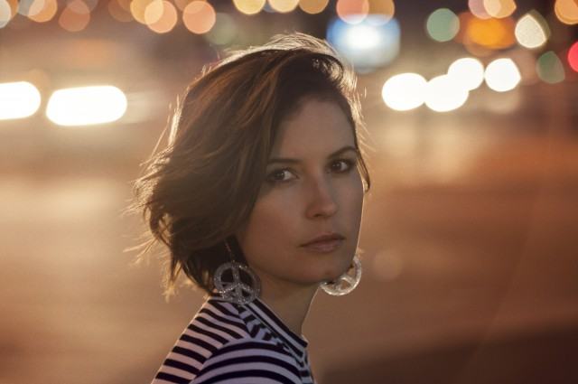 Missy-Higgins-Photographer-Cybele-Malinowski-Oct-2015-640x425