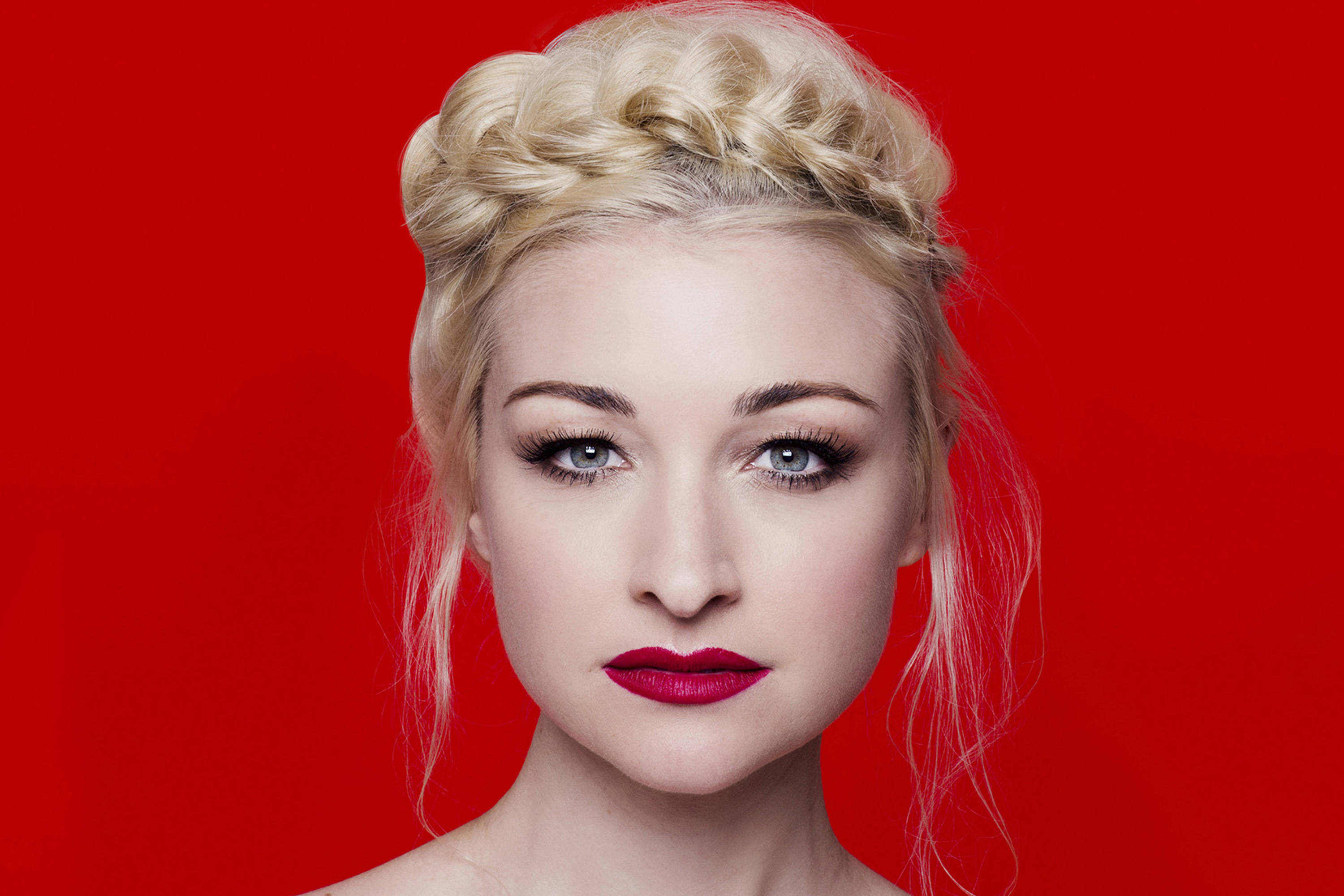 Kate Miller-Heidke - From Zero (Gravity) To Hero